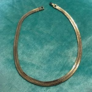 Thick herringbone necklace